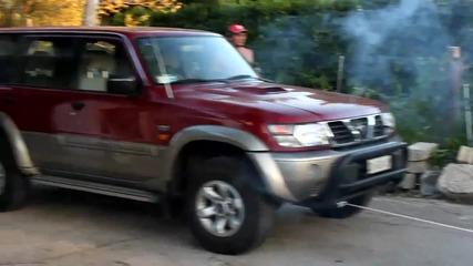 Truckmodel Peterbilt 359 Rc 1_4 Nissan Patrol vs. Peterbilt.mp4
