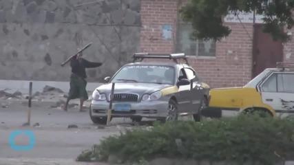 Diplomats and U.N. Staff Flee Yemen as Houthis Target Aden
