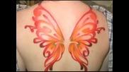 интересни Tattoo върху тела на момичета