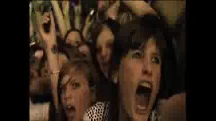 Tokio Hotel - Stich Ins Gluck - Zimmer 483 Live Dvd