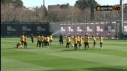 Карлес Пуйол се ослушва за Милан
