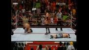 Triple H Прави Педигри На Ортан И Сина