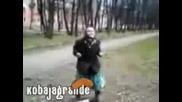 Баба танцува на техно [много смешна]