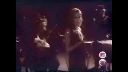 Avril Lavigne - Nobody`s home
