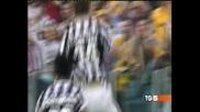 """Два гола на Йоренте срещу """"Ливорно"""" приближиха """"Ювентус"""" до титлата в Италия"""