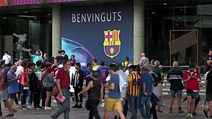 Spain: Fans arrive ahead of Barcelona-PSV Eindhoven match