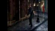 Танцувам Под Дъжда - Реклама