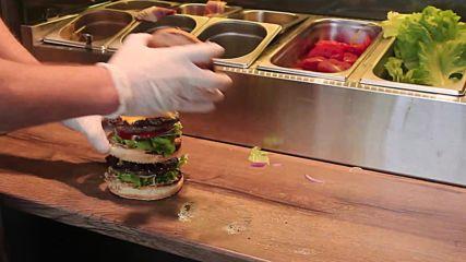 Как да приготвим двоен бургер?