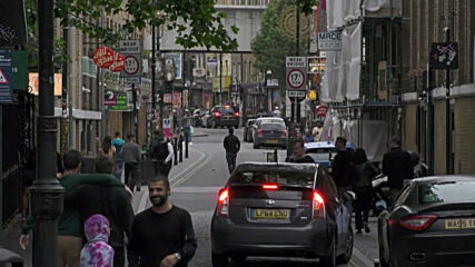 UK: Londoners react to reopening of pubs amid easing of restrictions