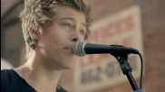 5 Seconds Of Summer - She Looks So Perfect ( Official Video - 2014 )