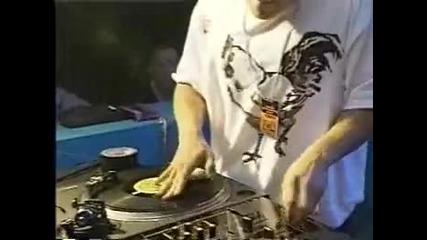 Dj Q - Bert performing at 1997 Dmc World Dj Championship