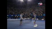 За 10-а поредна година Федерер е на полуфинал в Мелбърн