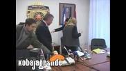 Da li smem da sednem (mup) - Kobajagrande.com