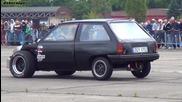 Opel Corsa C20let vs Trabant Turbo