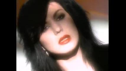 Joan Jett - Love Hurts ( Превод )