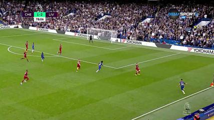 Челси изпозлва умело широчината на терена