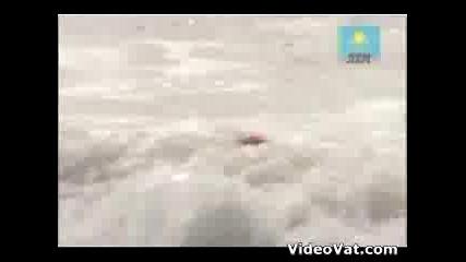 Borat - Спасители На Плажа