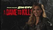 Звездата Джесика Алба дава интервю за филма си Град на Греха 2: Жена, за която да убиеш (2014)