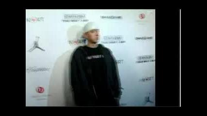 Eminem Na Premierata Na Novata Si Kniga