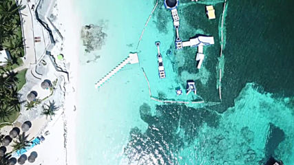 Mexico: Aerial footage shows Cancun beaches deserted amid coronavirus restrictions