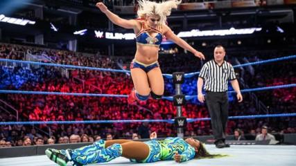 Alexa Bliss vs. Naomi – SmackDown Women's Title Match: WWE Elimination Chamber 2017 (Full Match)