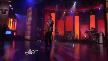 Joe Jonas Performs 'just in Love'