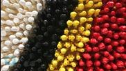 """Фотограф заснема забавни снимки с играчки """"Лего"""""""
