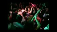 Риана-Не спирай Музиката(Ремикс)