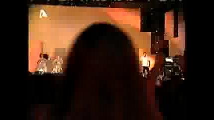 ДЕСИСЛАВА & KОСТАС МАРТАКИС Mercy Mad VMA 2008