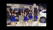 Красиви Азиатки танцуват на кючек и Криско