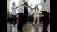 Пародия ! На Народен Танц!