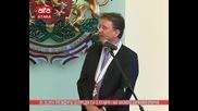 /01.10.2014/ Президентът за пореден път се изгаври с най-високото държавно отличие