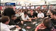 Remi Gaillard играе покер
