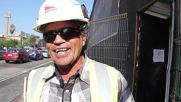 Chile: Meet the cat builder who wears hi-vis jackets and lives on construction site