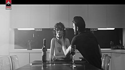 2016 | Не ти дължа любов - Елени Фурейра