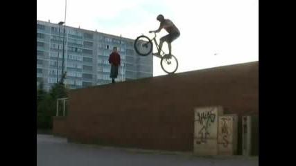 Bt Bike pisanka v4