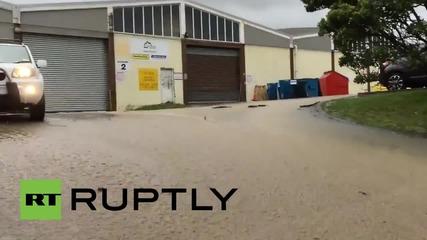 Хаос в Нова Зеландия след наводнения
