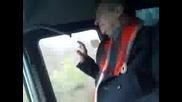 луд в автобус