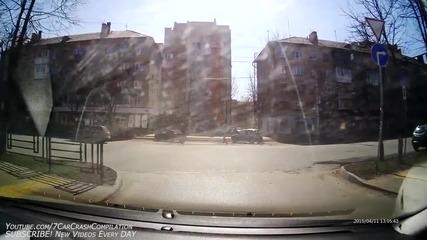 Нова порция пътни инциденти от Русия (април 2015)