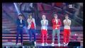 One Direction пеят What Makes You Beautiful на Sanremo Festival в Италия