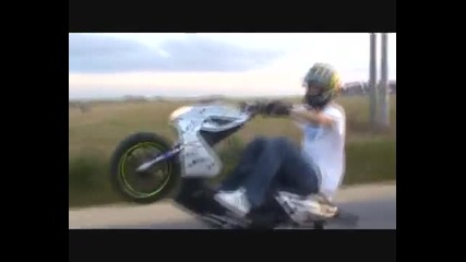 Yamaha Aerox Stunt Marek Jask !!!