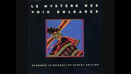 Le Mystere Des Voix Bulgares & Muse di - li - do