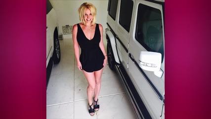 Britney Spears Shows Off Rock Hard Bikini Body in Skimpy Yellow Two Piece