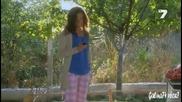 Момичето с червеният шал еп.13 Бг.аудио