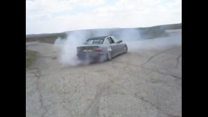 Bmw 320i Burnout