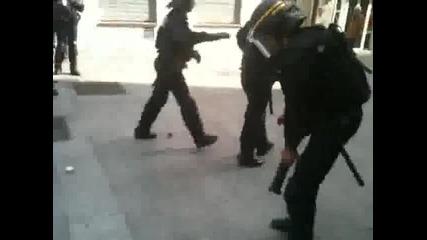 Френската полиция в действие