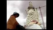 В Боливия издигат 45-метрова статуя на Дева от Сукавон