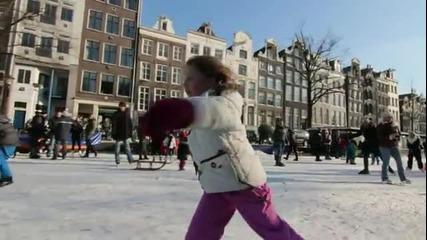 Замръзналите канали в Амстердам - 12.02.2012