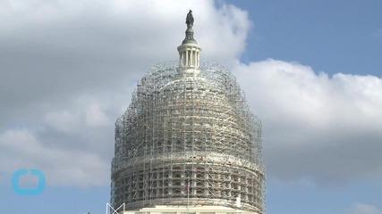 Senate Republicans Are Scrambling to Save the Snowden Leak NSA Program