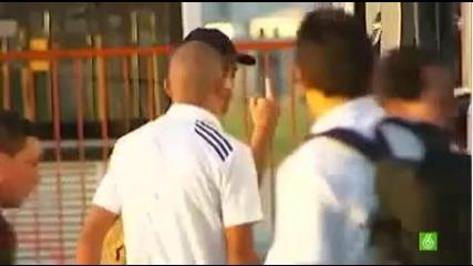 Роналдо показа среден пръст